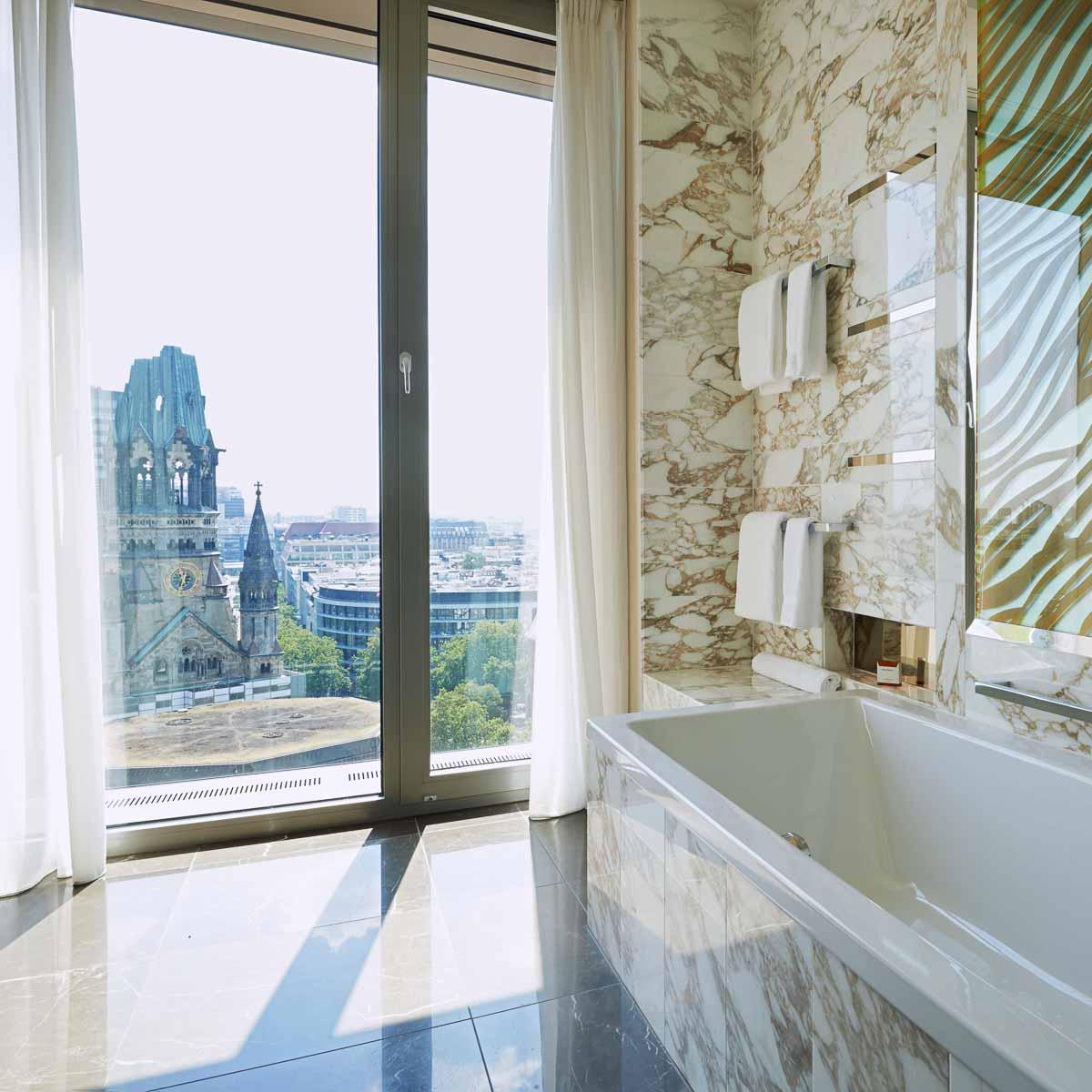 Luxus Hotel Waldorf Astoria Berlin Charlottenburg Badezimmer