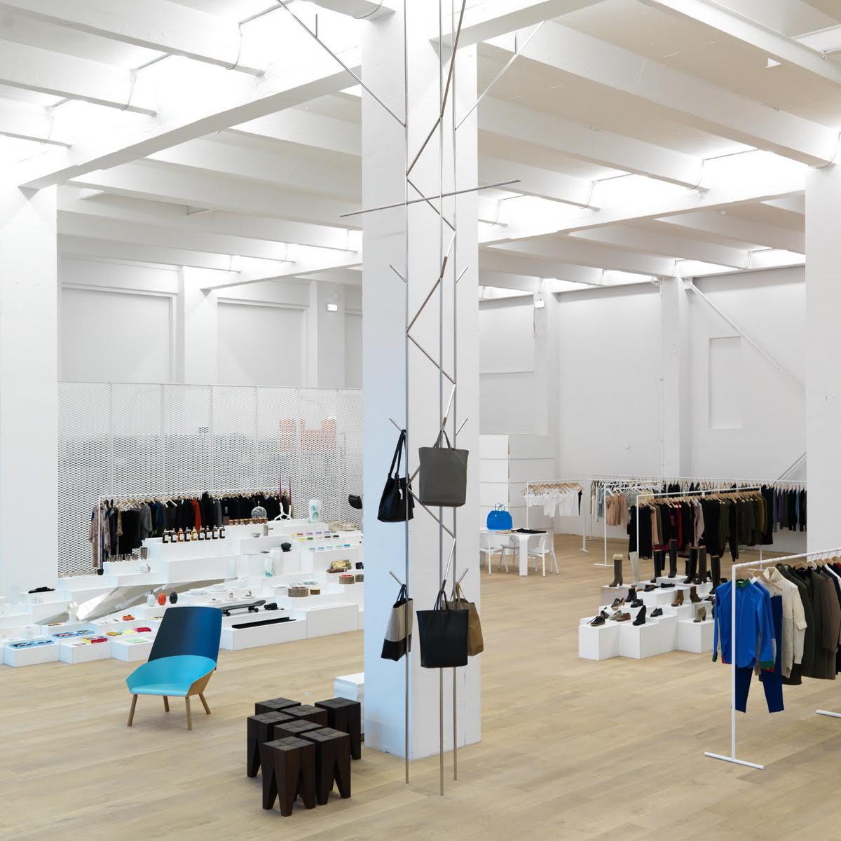 andreas murkudis concept store berlin creme guides. Black Bedroom Furniture Sets. Home Design Ideas