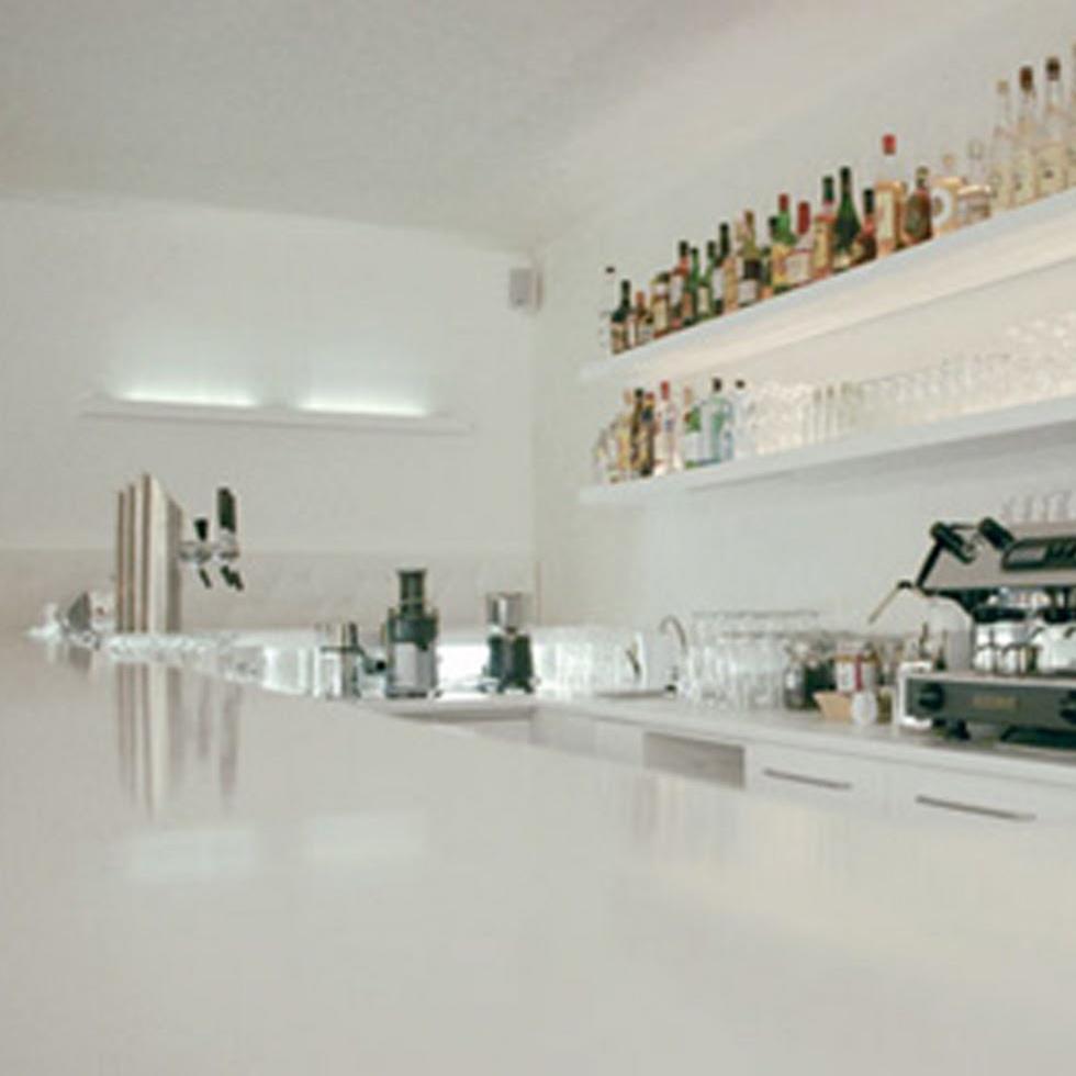 Restaurant-Schneeweiss-Bar