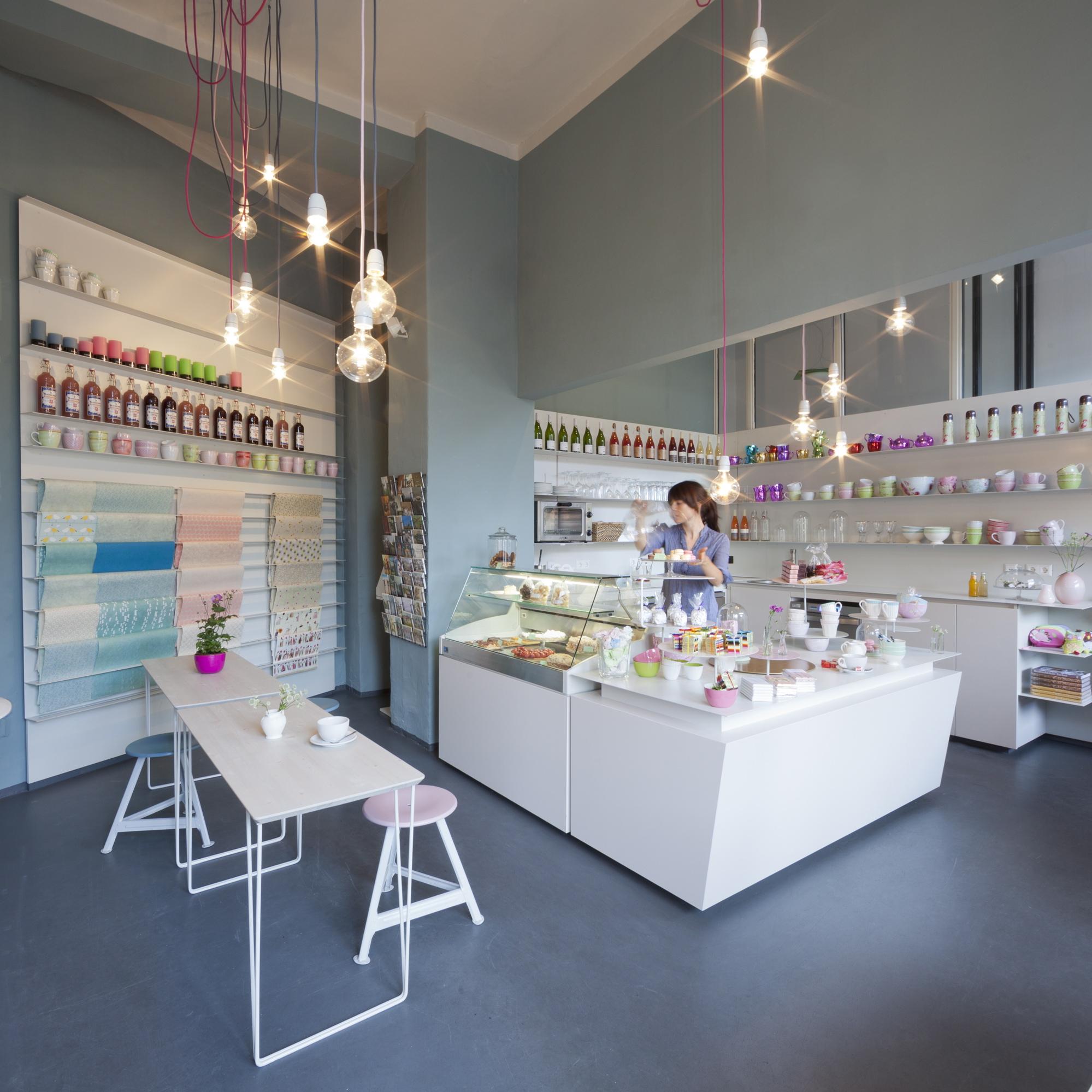 Suesskramdealer-Berlin-Cafe-Friedenau-2