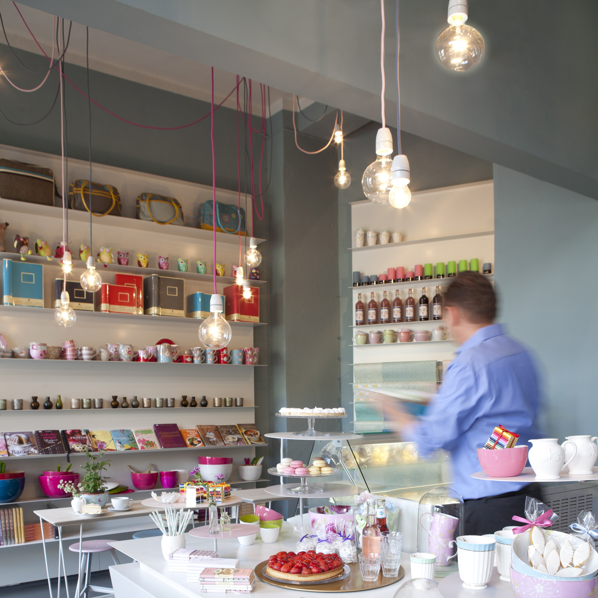 Suesskramdealer-Berlin-Cafe-Friedenau-1