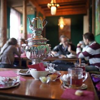 The Nicest Cafes In Berlin Wintergarten Design Mit Teestube Bilder