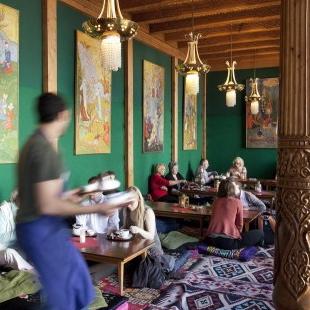 Tajik Tea Parlor - Blinis, Tea And Fairytales In Berlin! - Berlin ... Wintergarten Design Mit Teestube Bilder