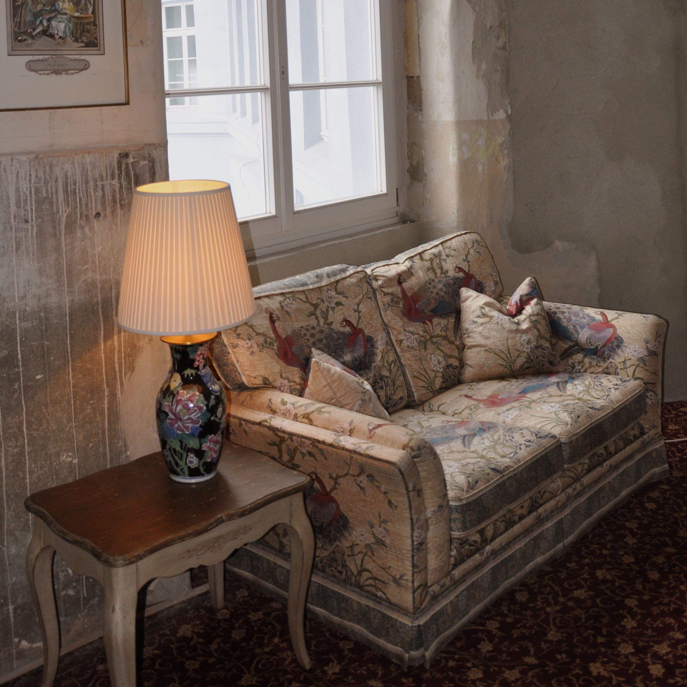 The-Grand-Berlin-Sofa