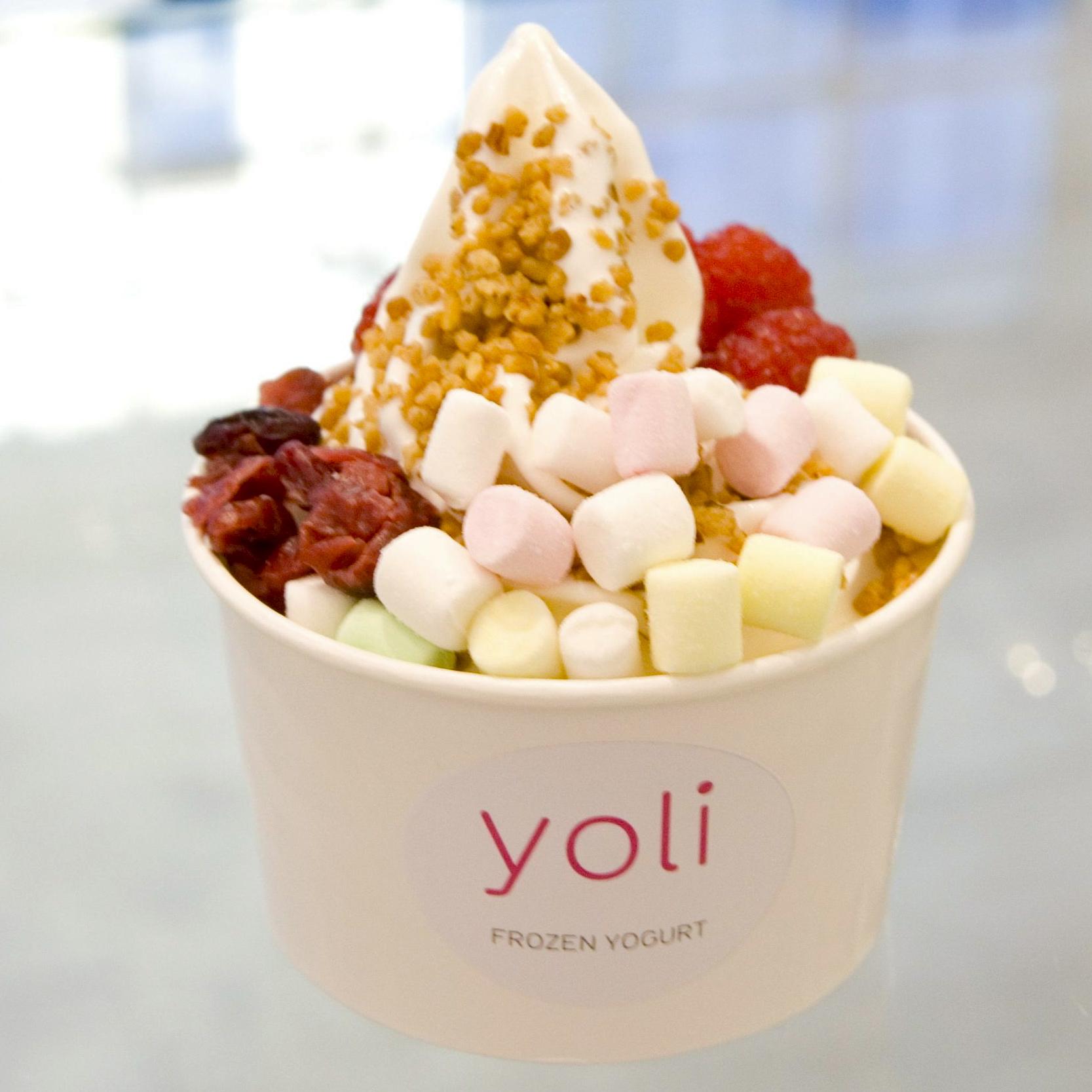 Yoli-Frozen-Yogurt