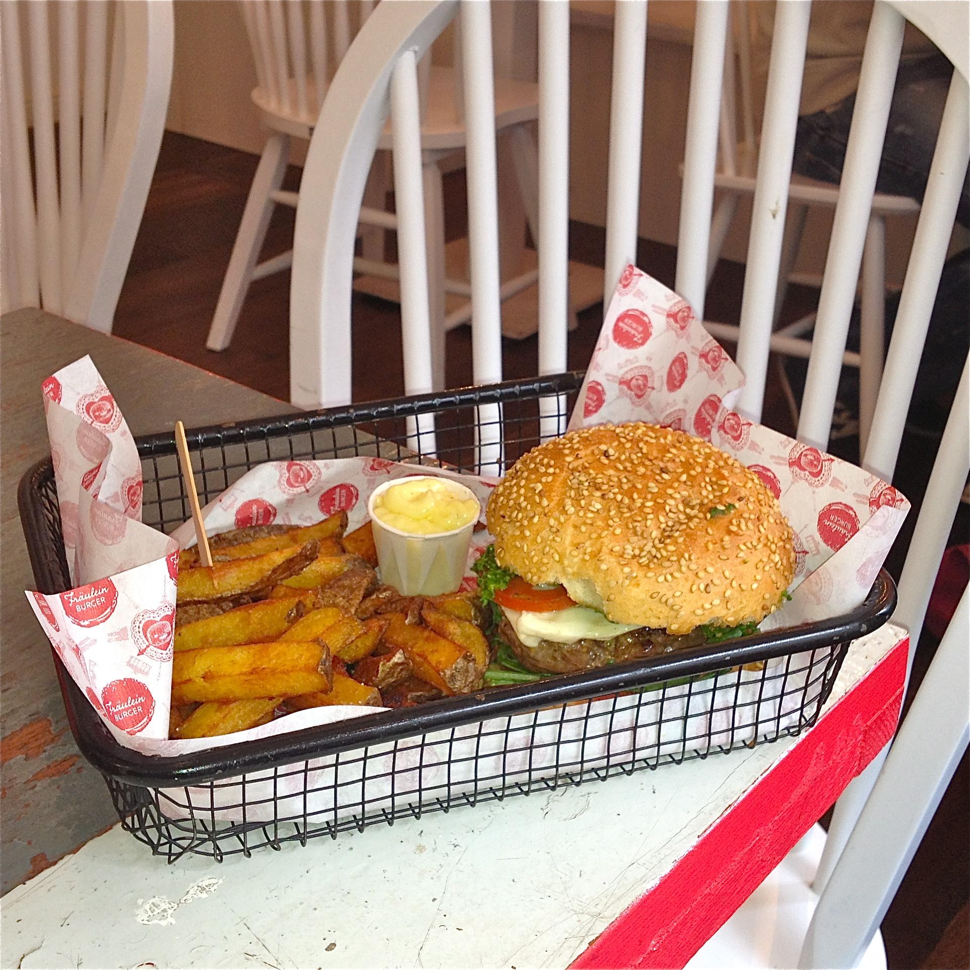Frauelein-Burger-Berlin-Mitte-4