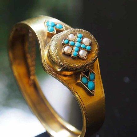 Schmuskstücke bei Antique Vintage Jewellery Berlin Mitte-9