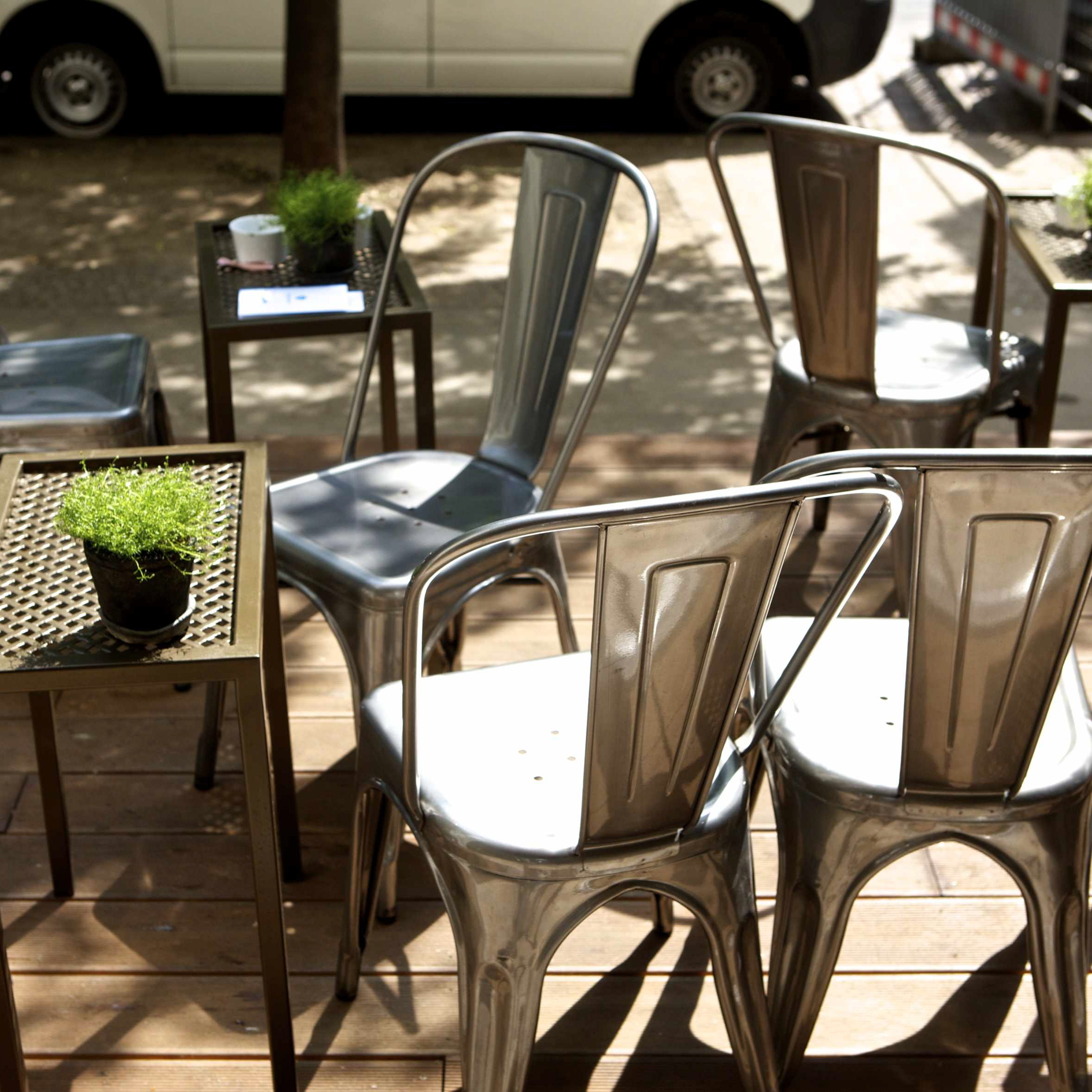 Efas-Frozen-Yogurt-Berlin-Terrasse