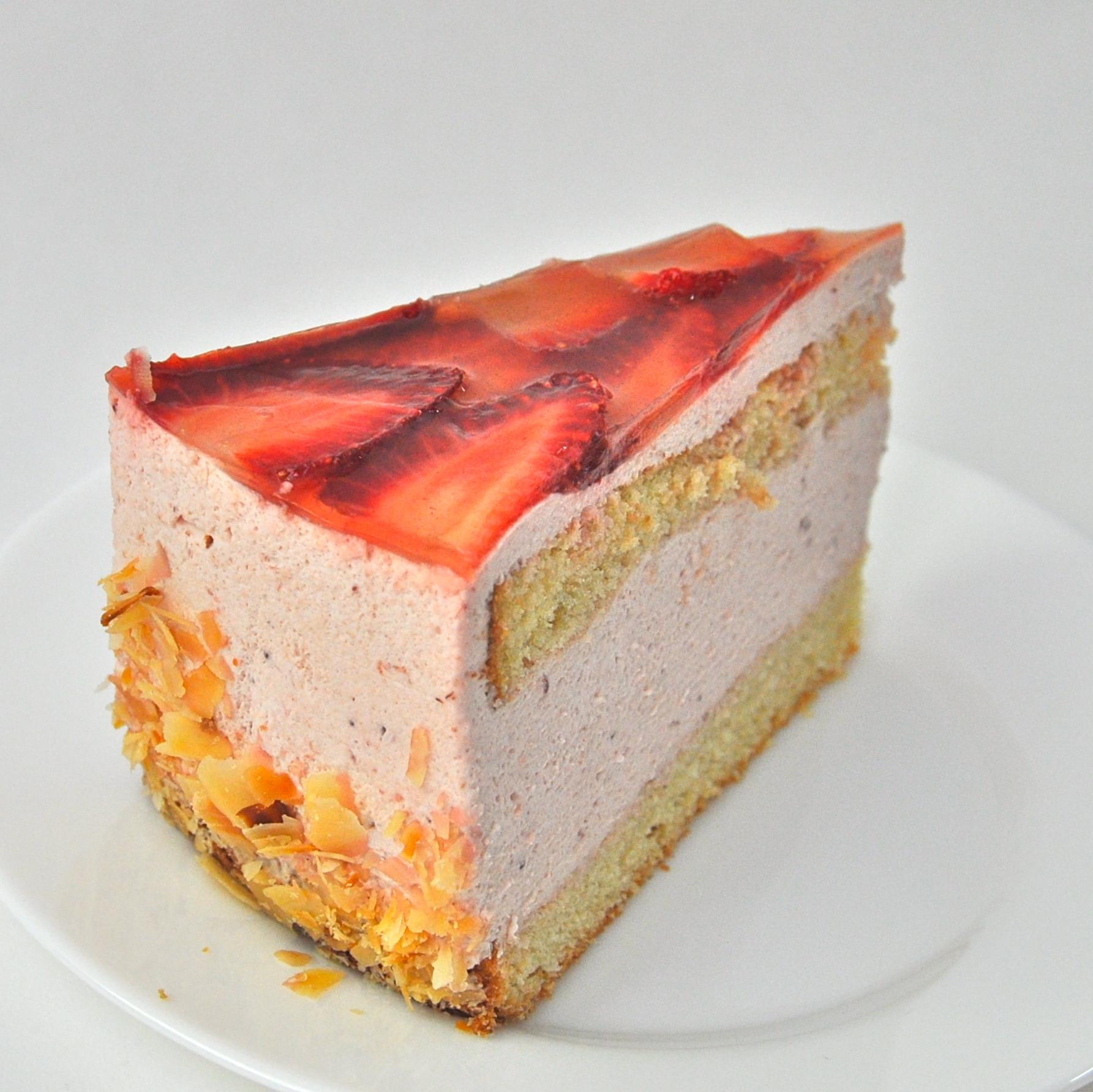 Eis-Voh-glutenfrei-Kuchen-Erdbeer-Sahne-Torte