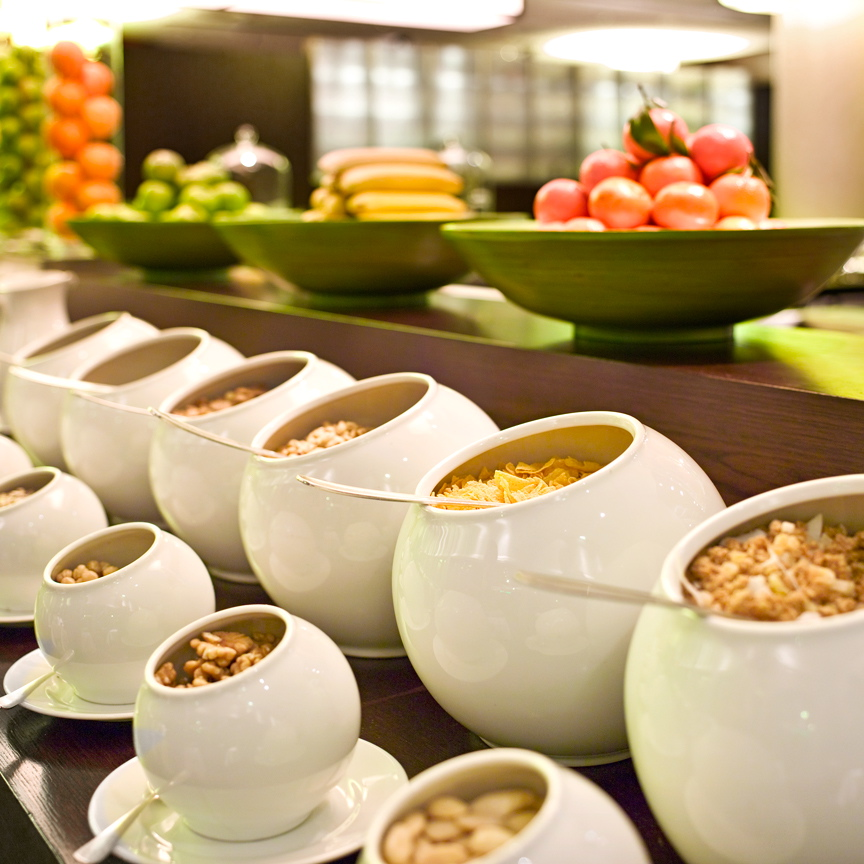 Frühstück-im-Hyatt-Berlin-Cerealien-Bueffet