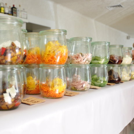 Schneeweiss-Berlin- Fruehstueck-Brunch-Salate