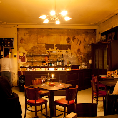 Spanisches-Restaurant-Feliu-Berlin-Interieur