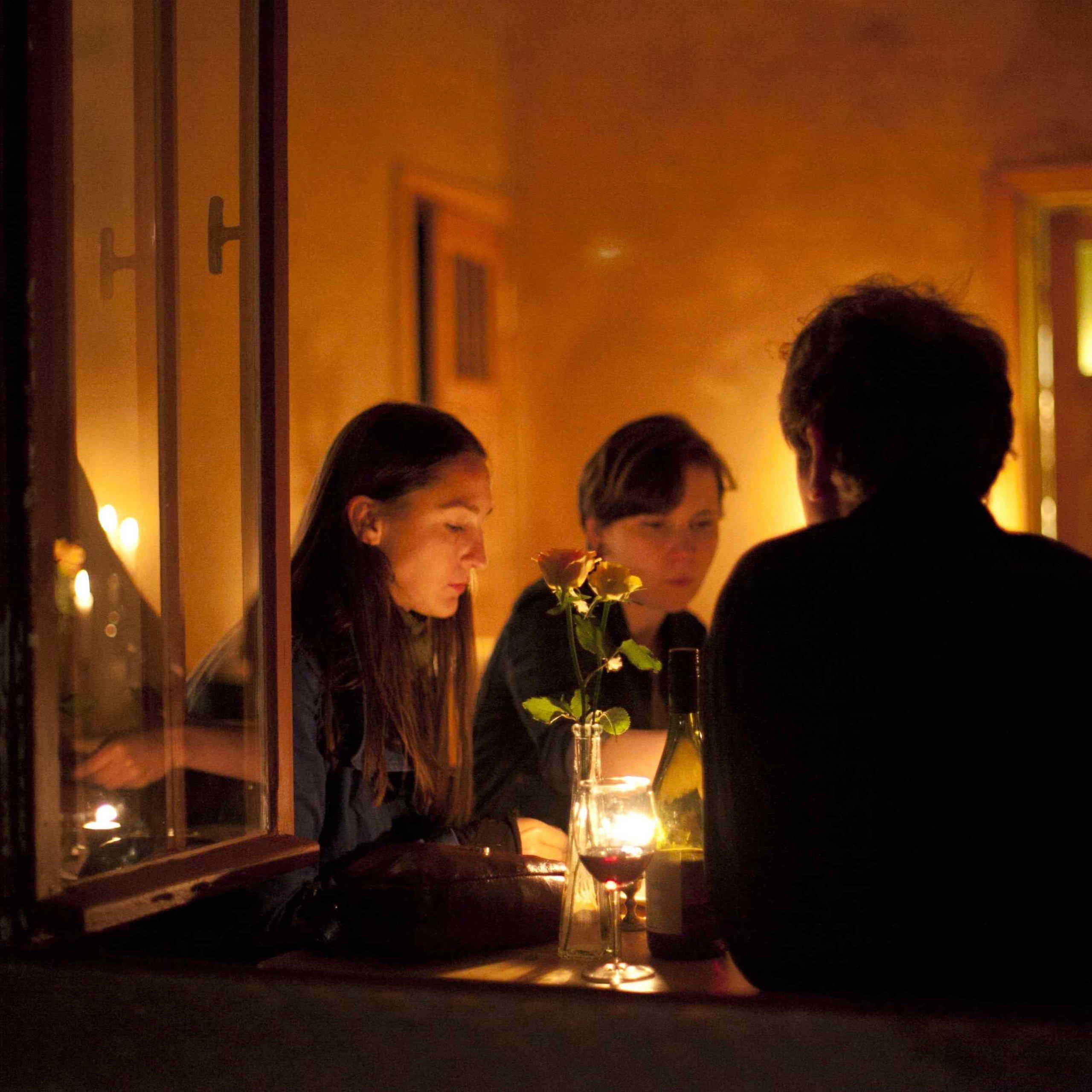 Paleo-Restaurant-Sauvage-Berlin-Interieur