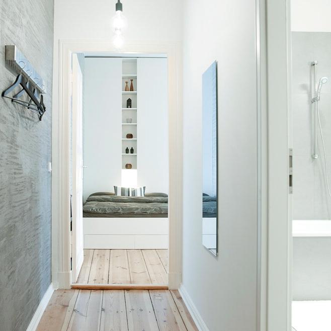 Suite-030-Schoenhauser-98-Bett