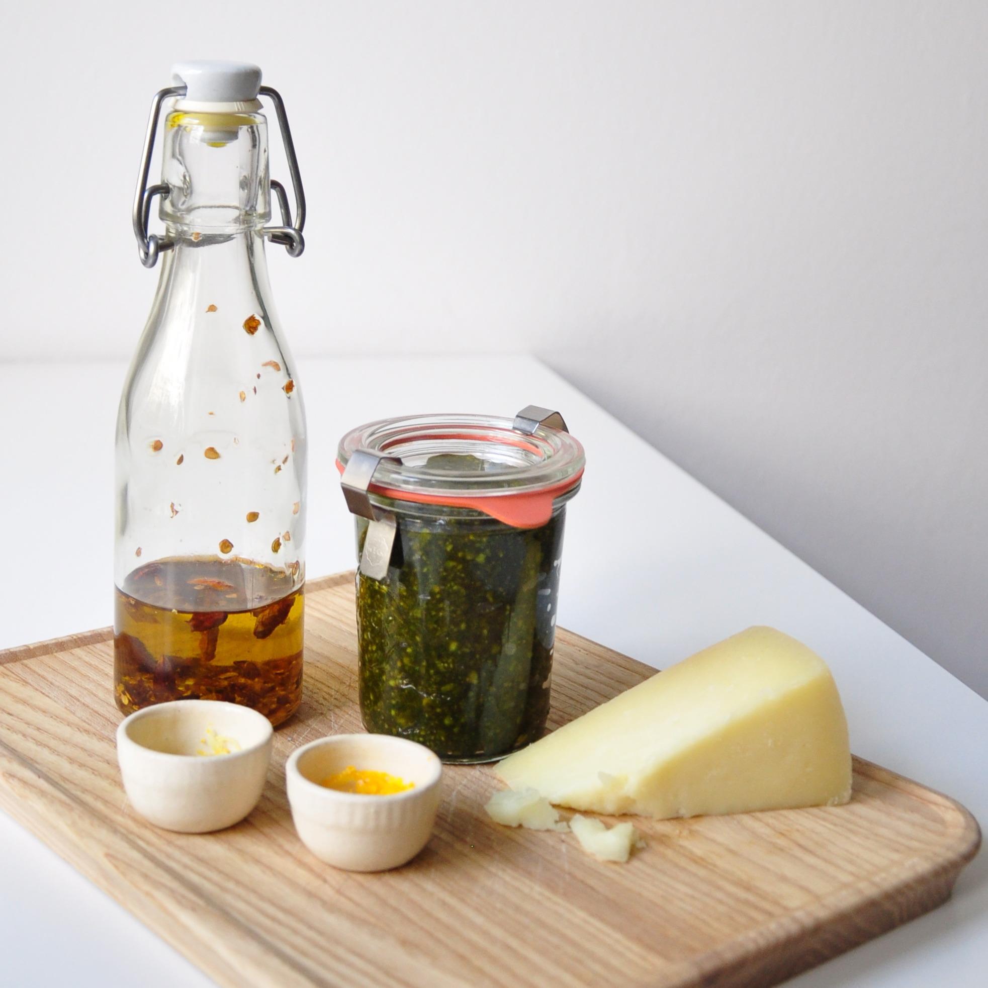 Paleo-Zucchini-Pasta-mit-Pistazien-Pesto-Step-2
