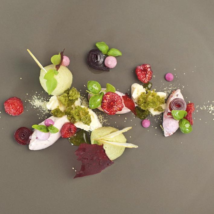 First-Floor-Restaurant-Berlin-Dessert-Himbeere