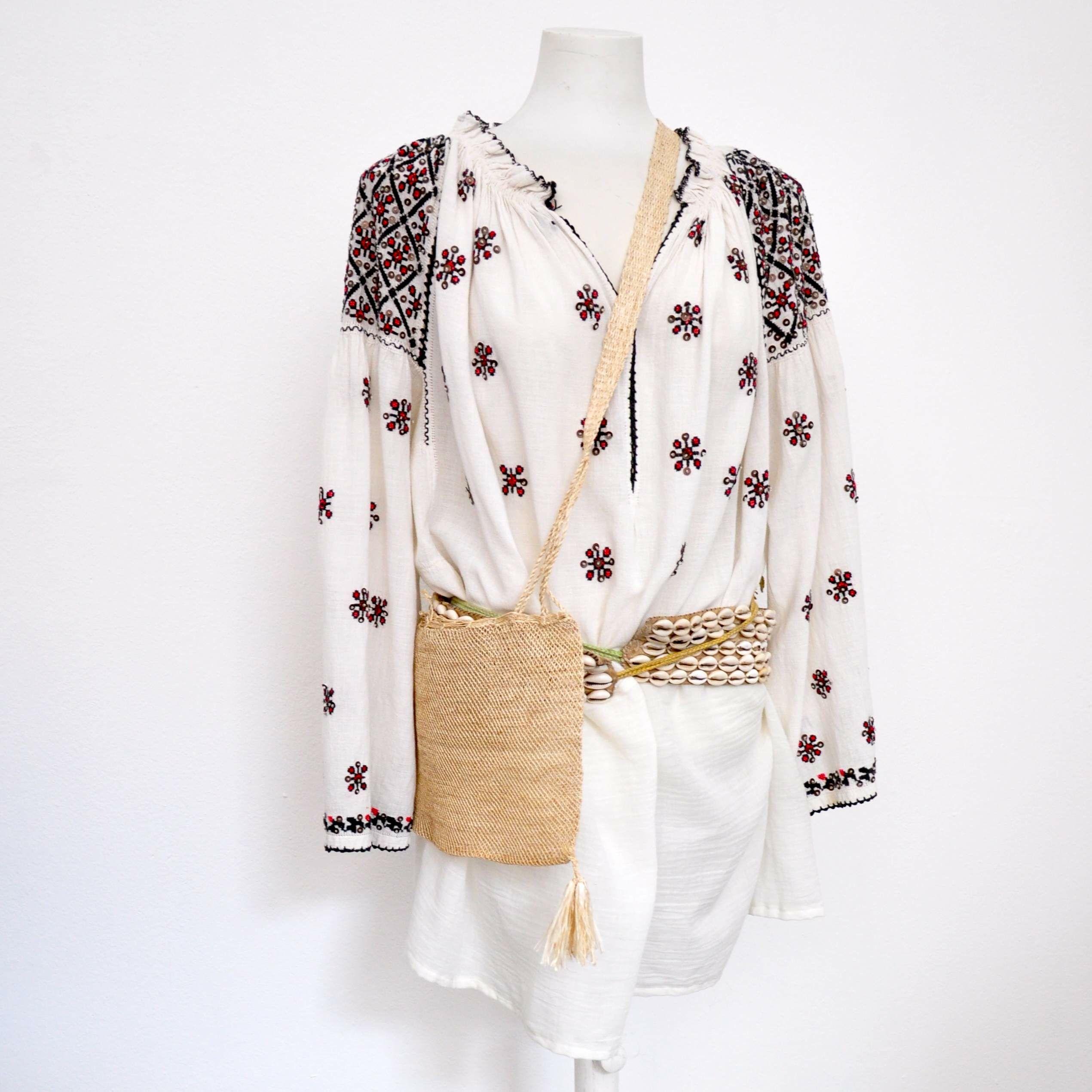International-Wardrobe-Berlin-Folkloristische-Bluse