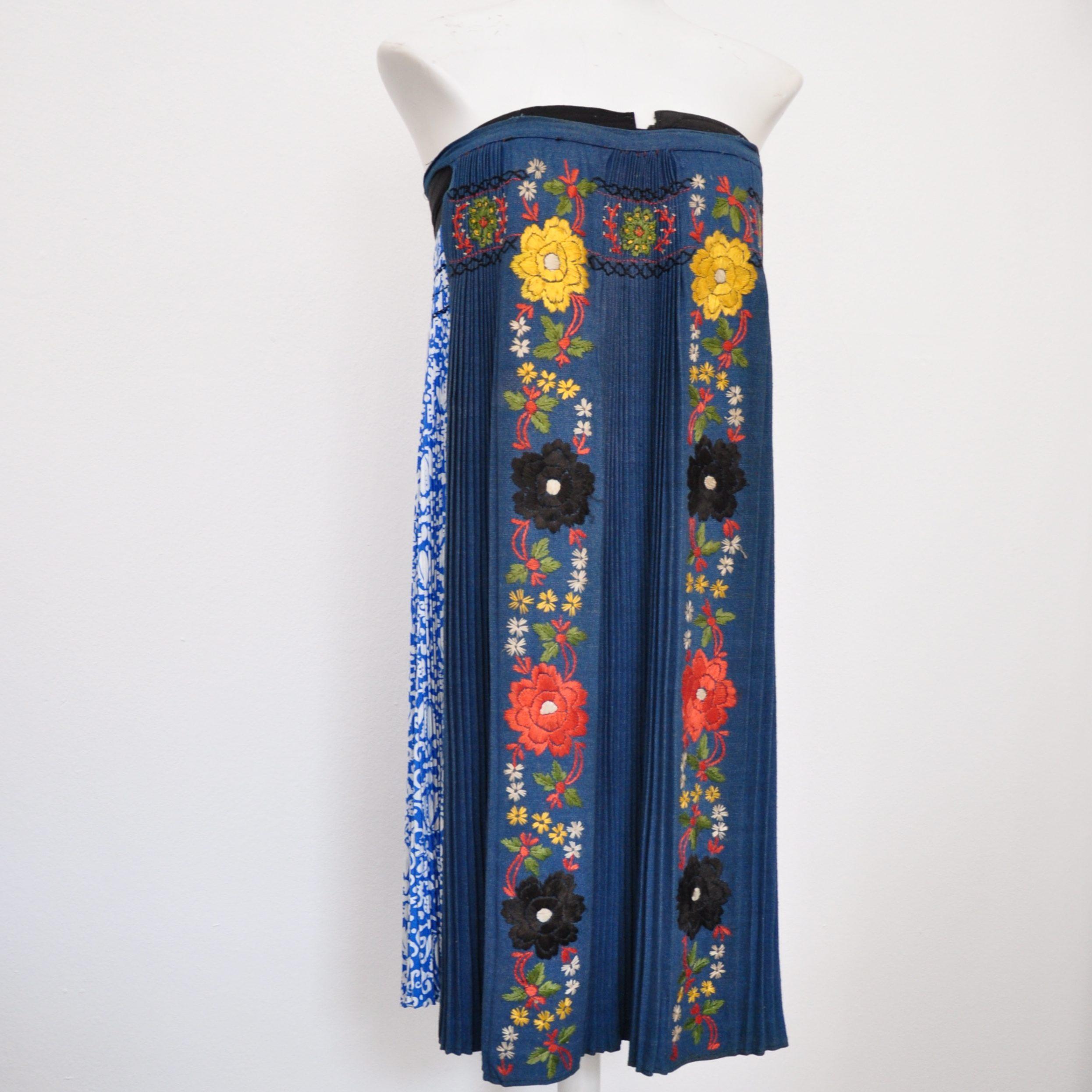 International-Wardrobe-Berlin-Folkloristische-Kleid