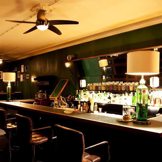 The-G&T-Bar-Gin-Tonic-BerlTresenn-1