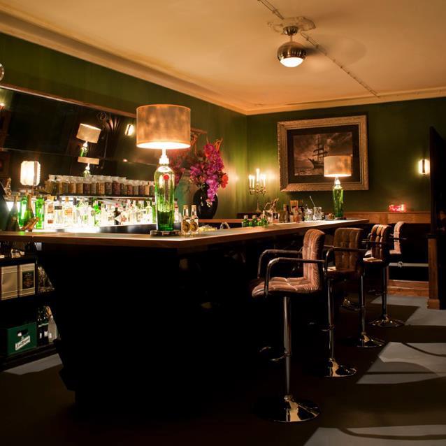 The-G&T-Bar-Gin-Tonic-Berlin-Interieur-2