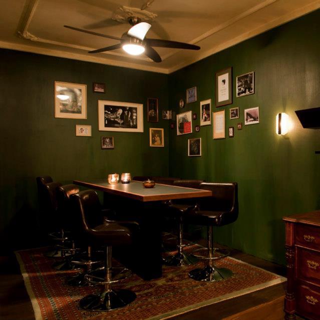The-G&T-Bar-Gin-Tonic-Berlin-Interieur