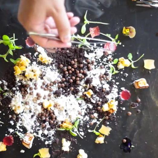 restaurant-glass-berlin-candy-box-dessert-2