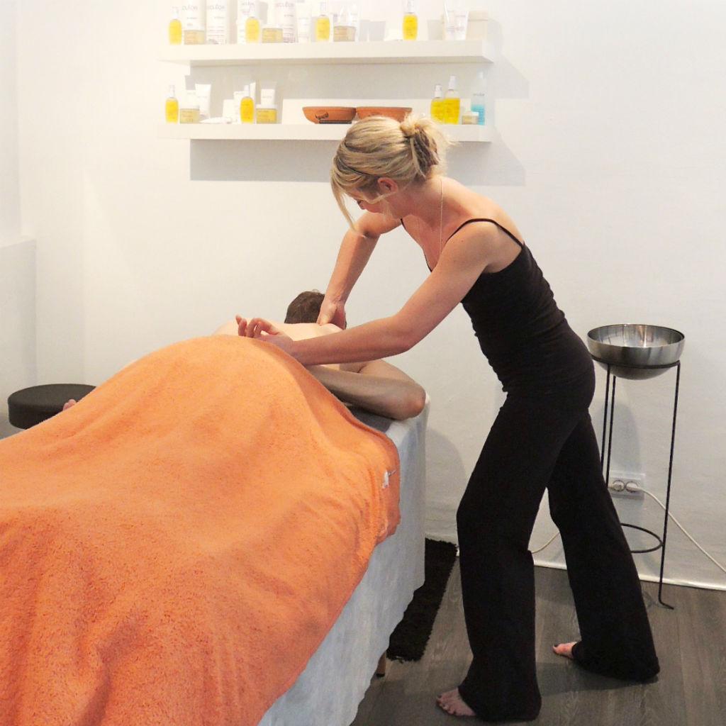 Absolut-Wellness-Spa-Hamburg-Massagen-Facials-Pediküre-7