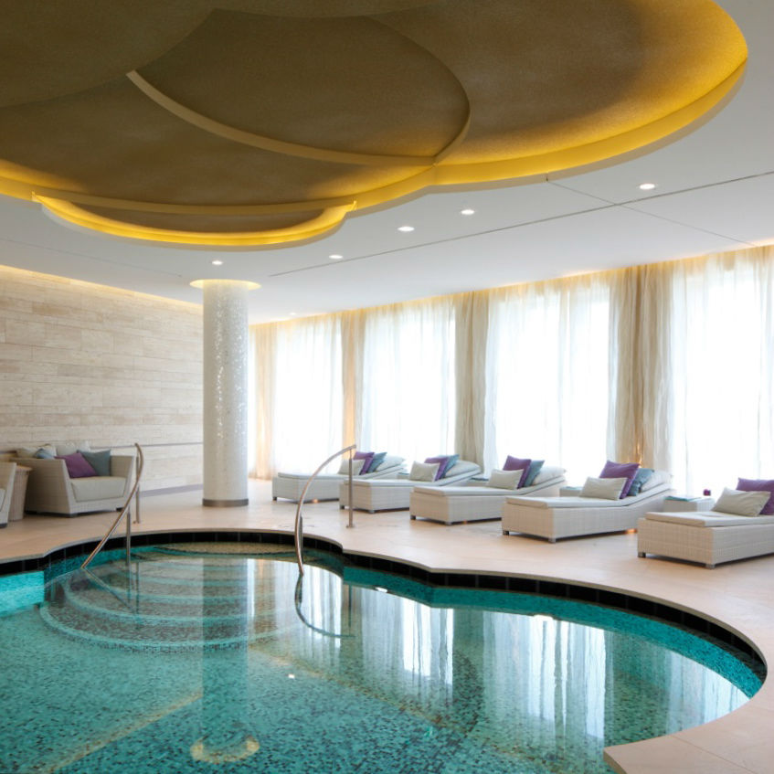 waldorf astoria 39 s guerlain spa berlin creme guides. Black Bedroom Furniture Sets. Home Design Ideas
