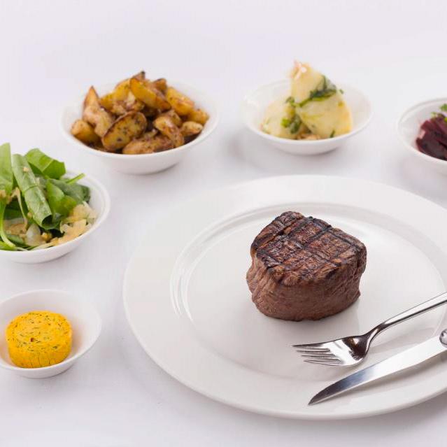 Restaurant-Filetstueck-Berlin-Uhlandstrasse-Fleisch-Beilagen