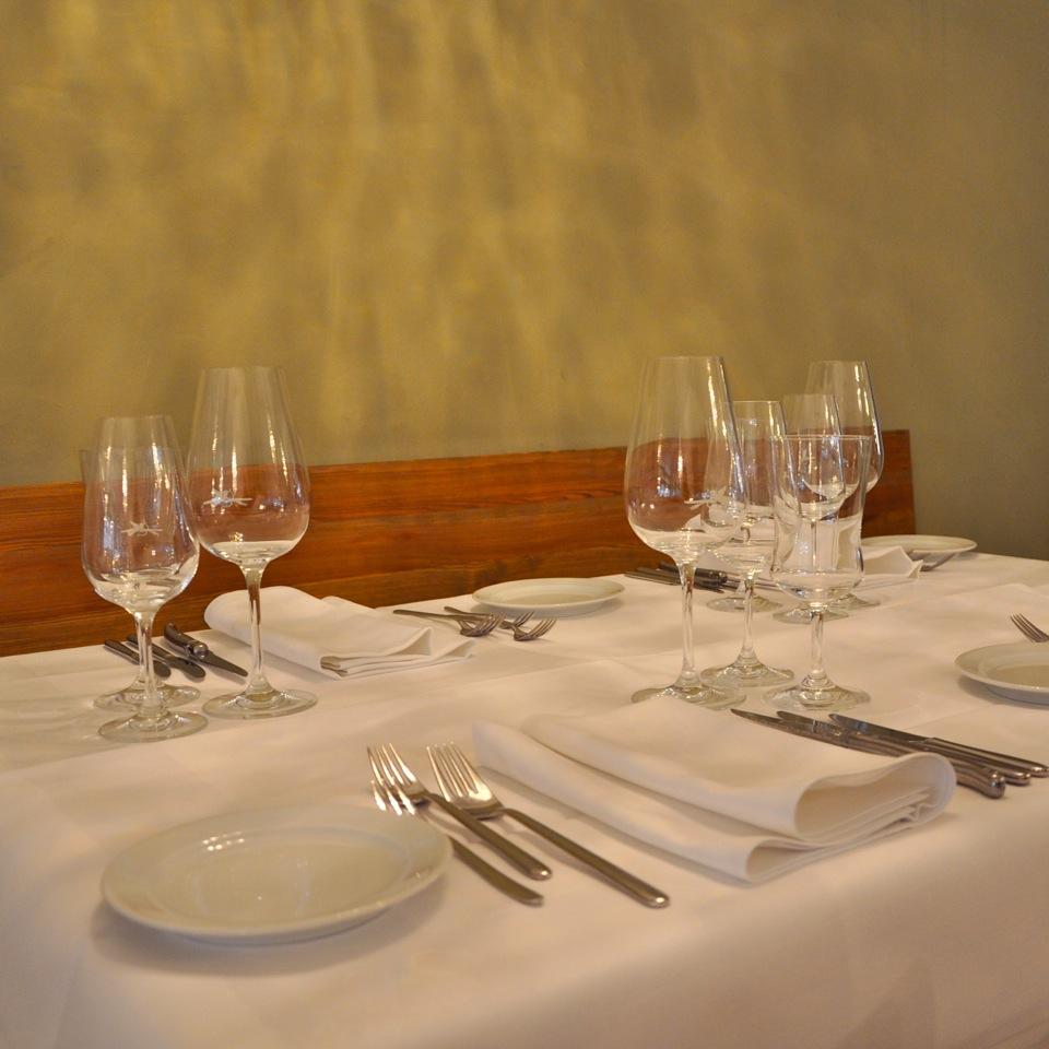 Restaurant-Filetstueck-Berlin-Uhlandstrasse-Tisch