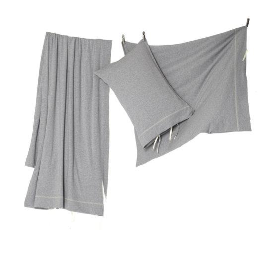bettw sche von okha in grauem jersey creme guides. Black Bedroom Furniture Sets. Home Design Ideas