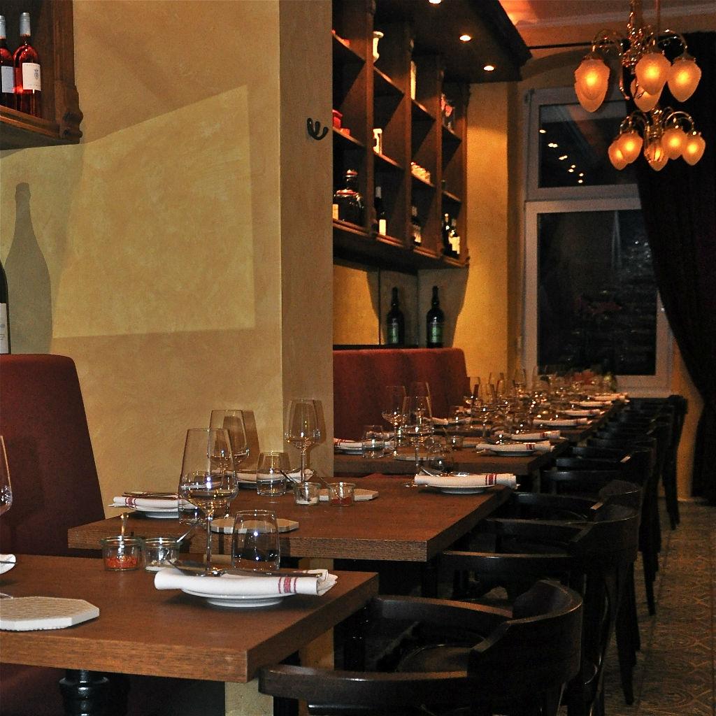 Lamazere-Franzoesisches-Restaurant-Berlin-Tische