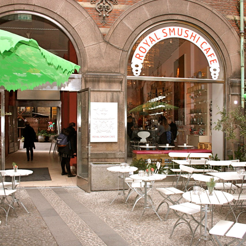 Royal-smushi-cafe-snack-copenhagen-1-1