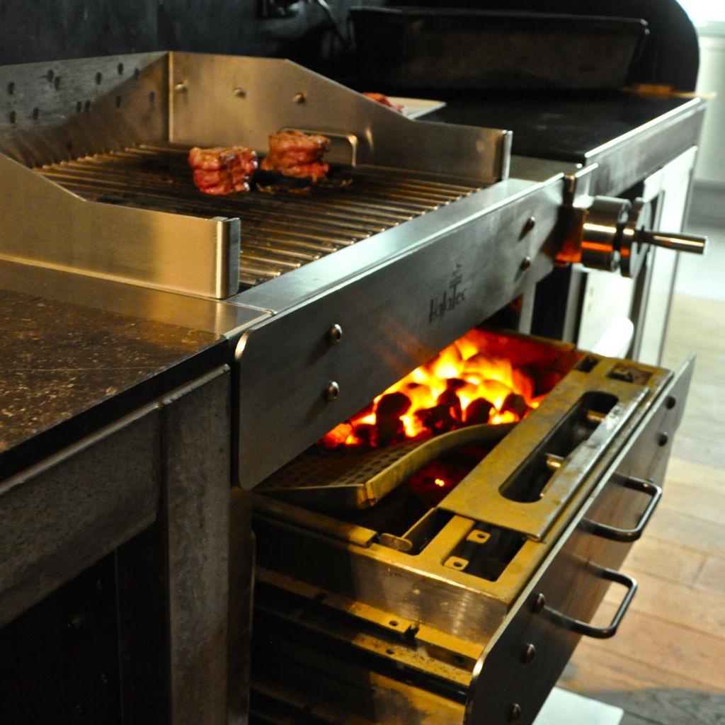 Alois-Oberbacher-Restaurant-Grill-Berlin-HaJaTec