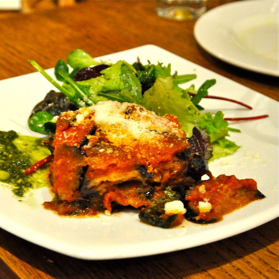 Enoteca-Angolino-Restaurant-Italiener-Berlin-Aubergine