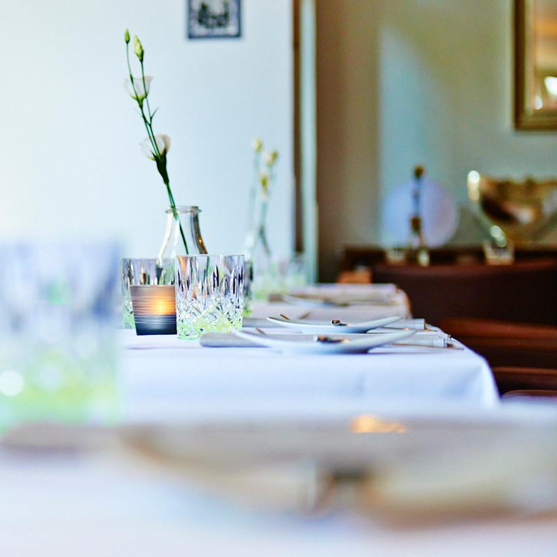 Trueffelschwein_restaurant_tisch