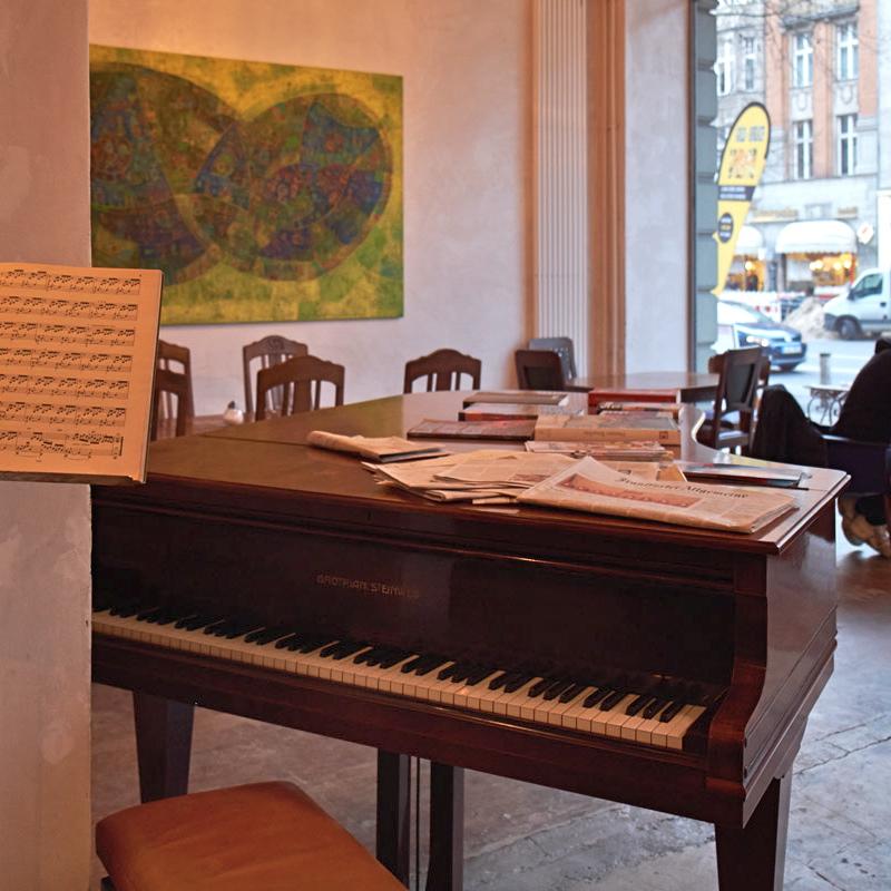 Mischkonzern-p103-Cafe-Lunch-Berlin-Potsdamer-Straße-2