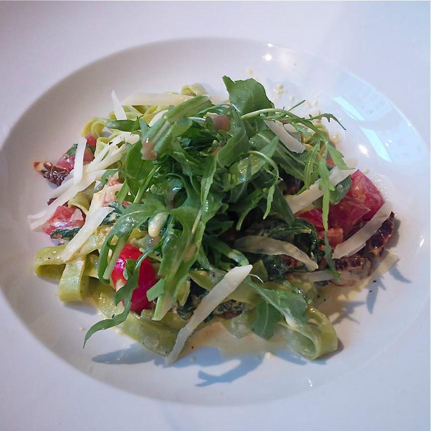 Raja-Jooseppi-Cafe-Restaurant-Fruehstueck-Berlin-Mitte