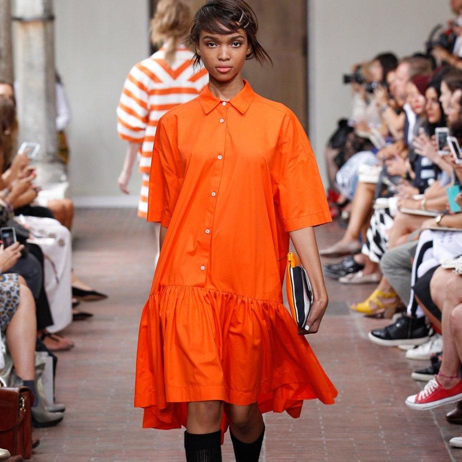 Eclectic Fashion Shop Zürich oranges Kleid