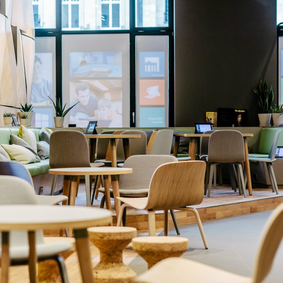 Digital-Eatery-Microsoft-Cafe-Berlin-1-2