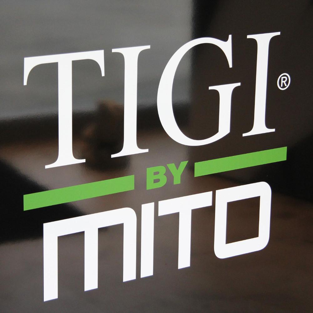 TIGI by MITO-Friseur-Hafencity-Eingang