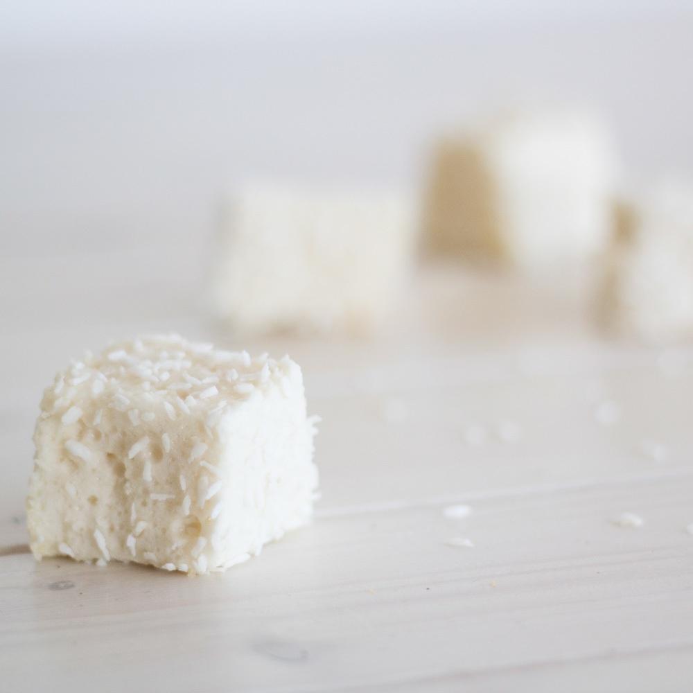 Paleo-Vanille-Kokos-Marshmallows-1-2