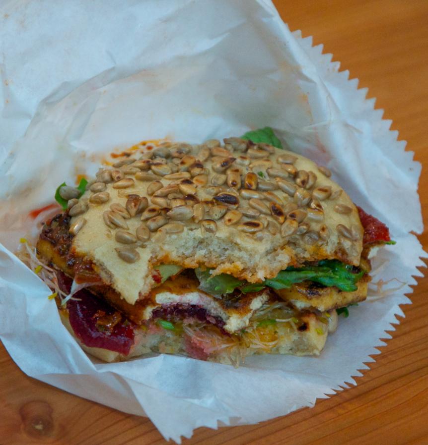 Sun-Day-Burgers-Berlin-Rohkost-Markthalle-Neun-3-2