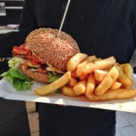 Piri\'s - Chicken Burger mit Kick