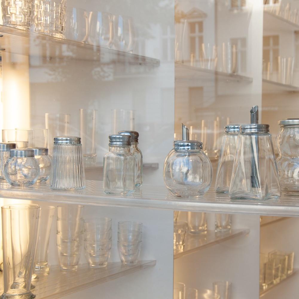 Glasklar-Berlin-Glas-Vasen-Kannen-2-1