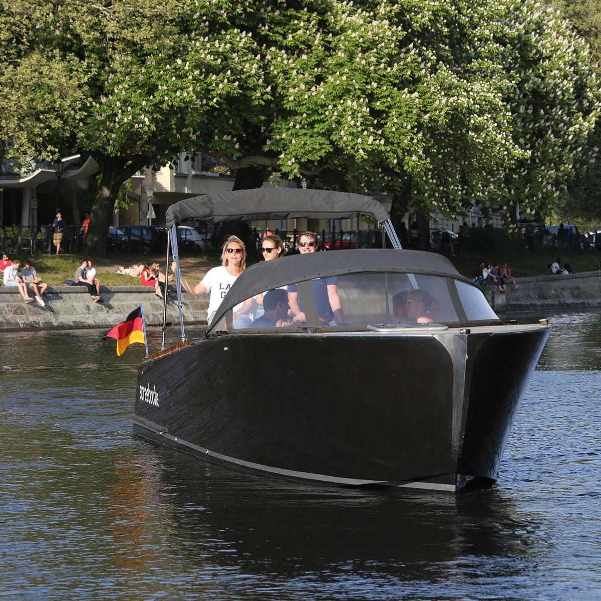 Spreeboote Bootsverleih Berlin Pina