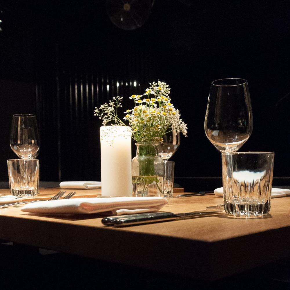 Parker Bowles Restaurant Berlin Kreuzberg Tisch