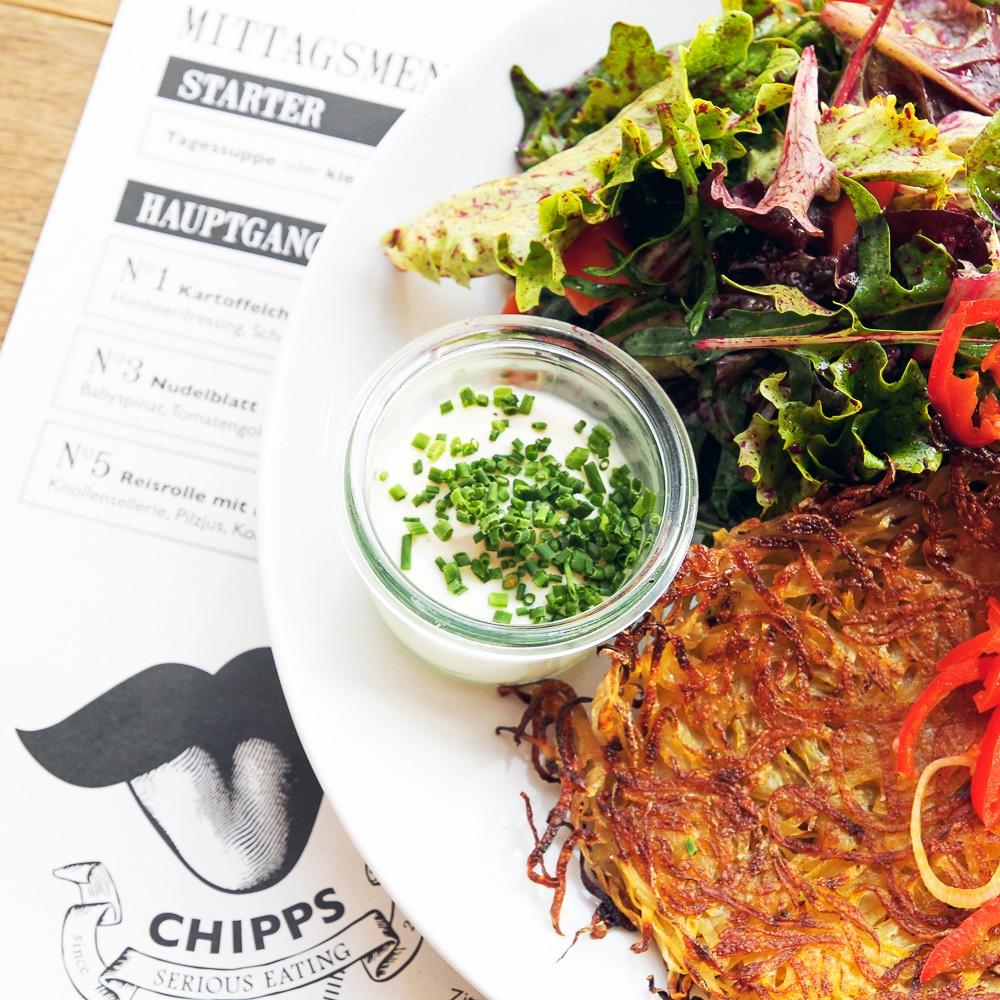 Chipps vegetarisches Restaurant Berlin Mitte Rösti mit Salatbeilage