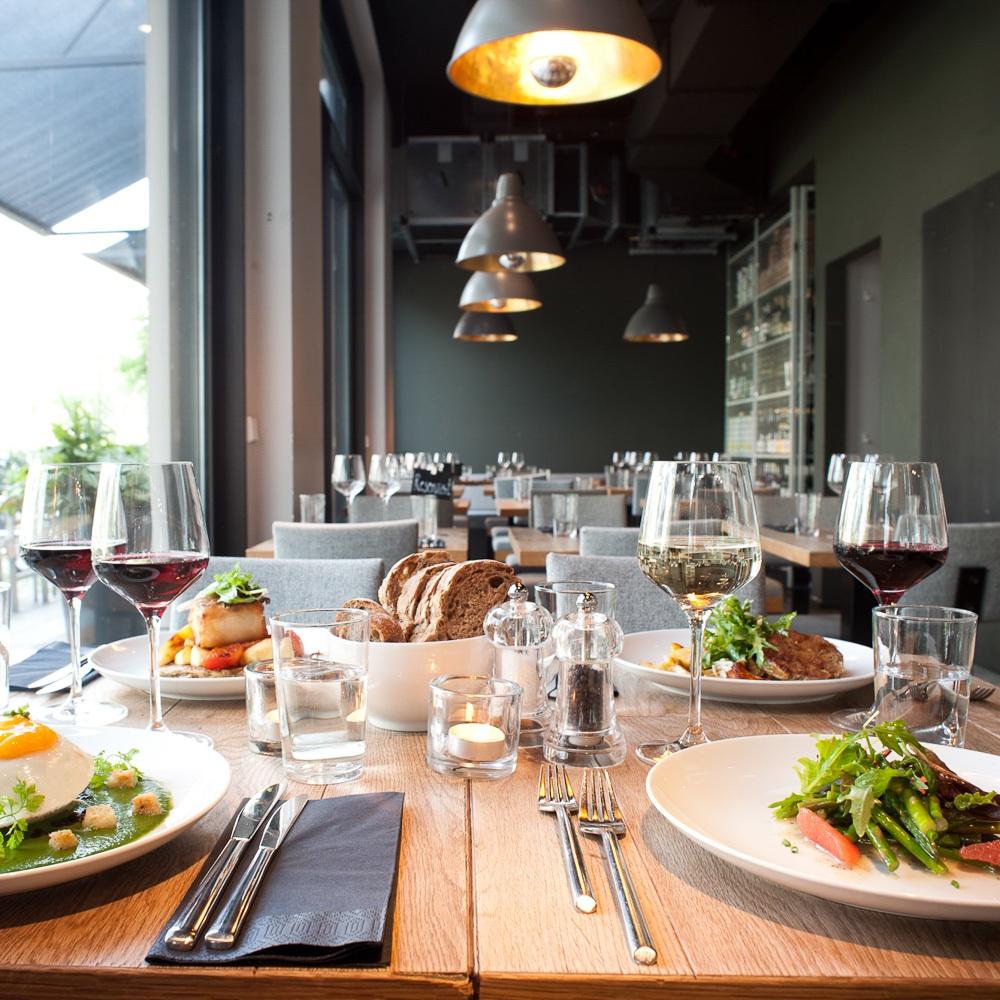 Chipps vegetarisches Restaurant Berlin Mitte gedeckter Tisch