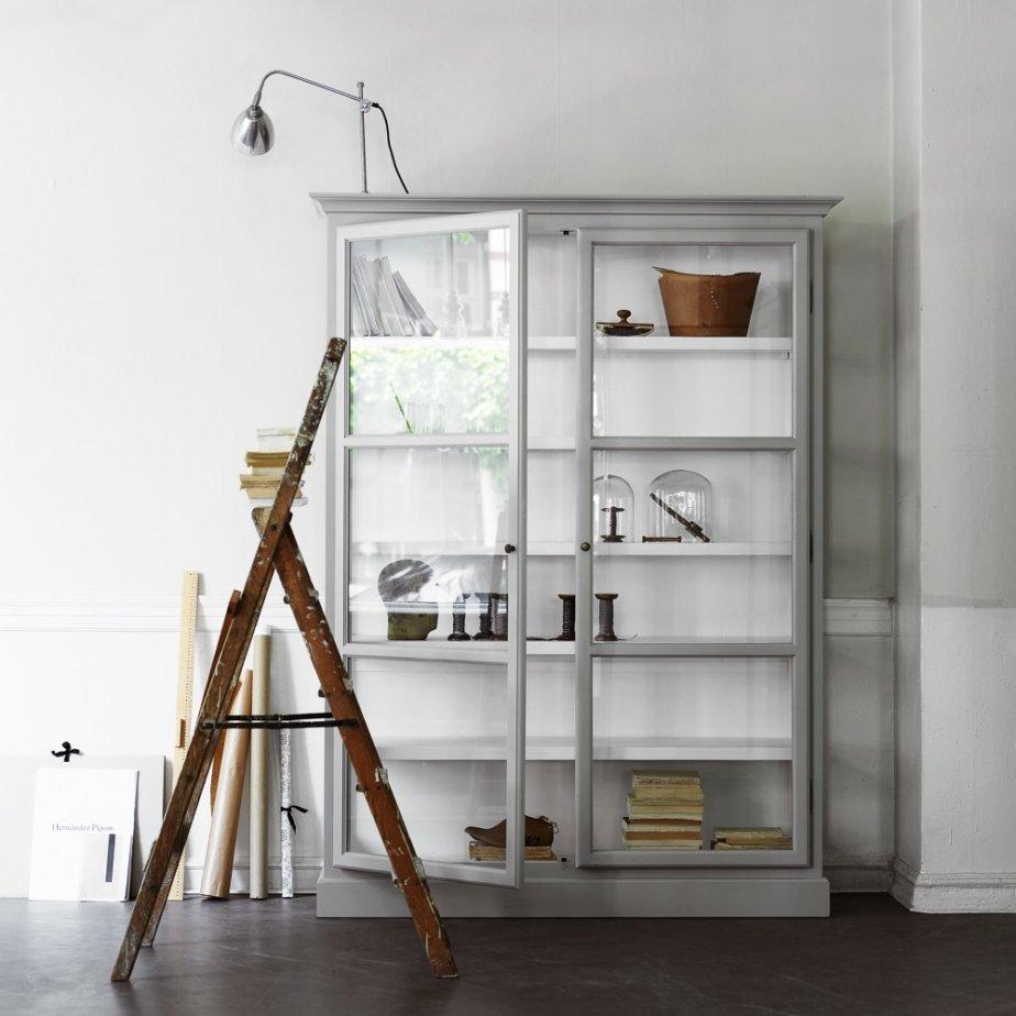 Lindebjerg Design Glas Vitinen Schränke große Vitrine in grau